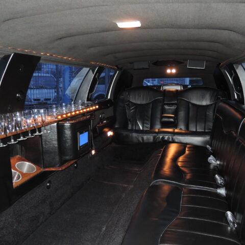 LIMUZÍNA LINCOLN TOWN CAR 9m